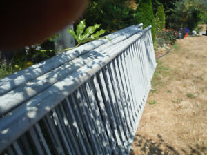 Powercoated aluminium hand railing