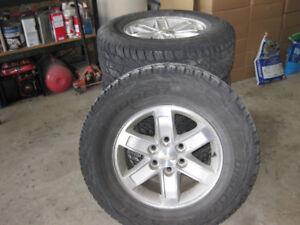 Chey/GMC alloy rims with tires
