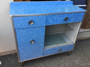 Vintage/Retro Blue Formica Matching Hutch and Table