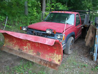 CHEV 3500 4X4 DUMP WITH PLOW