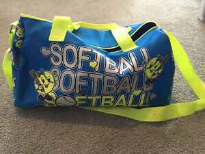 EVERYTHING YOU NEED TO START YOUR DAUGHTER IN SOFTBALL