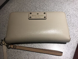 Kate Spade Wallet - Authentic