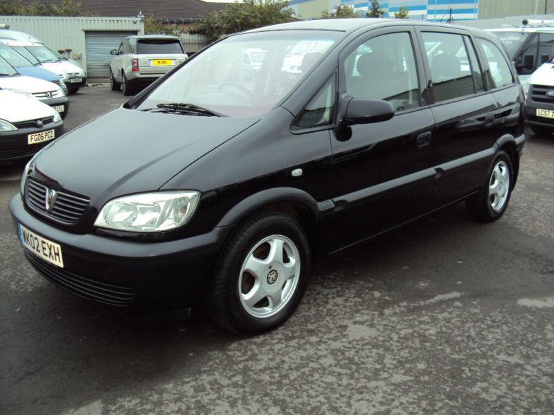 2002 vauxhall opel zafira 16v club black petrol car in leckwith cardiff gumtree. Black Bedroom Furniture Sets. Home Design Ideas