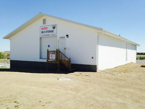 Heated Indoor Self Storage Units for rent, $100 for large size Moose Jaw Regina Area image 3