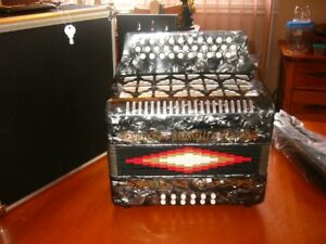 accordeon Baronelli sol do fa neuve
