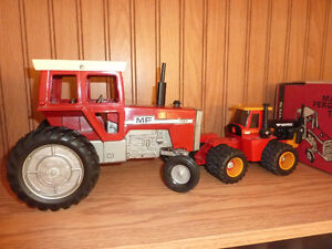 TOY CAST TRACTOR SELECTION Kitchener / Waterloo Kitchener Area image 1