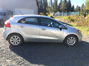 2013 Kia Rio LX+ (en excellente condition!)
