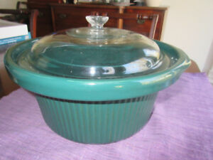 Large green casserole dish - For family cooking