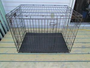 Cage pour Moyen chien, en métal tres solide et pliable 36x27x24