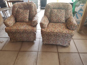 2 Single Chairs for SALE