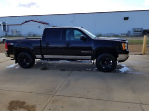 2007.5 gmc Sierra leveled and tires