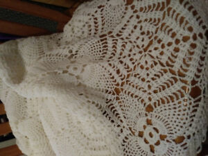 Vintage Cotton Hand Crochet Tablecloth