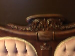 Beautiful Antique Settee and matching chair London Ontario image 2