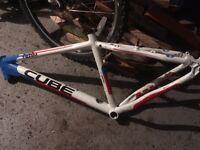 Cube team 260 aluminium frame 18'