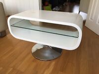 "TV Stand - 19"" to 40"" - White High Gloss - 60's Style"