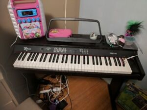 Robson  RP6100 Electric Piano