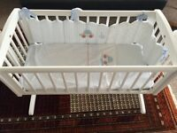 Mothercare Swinging crib with Mattrress and Bedding like New Condition