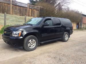 2013 Chevrolet Suburban LT For Sale