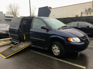 Dodge Grand Caravan Adapté 2006 / 59,000 KM