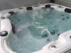 Hot Tub 8 Person
