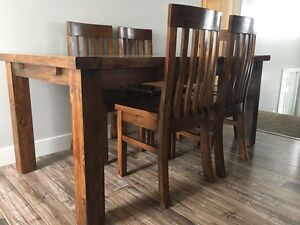 RUSTIC RECLAIMED SOLID WOOD TABLE & CHAIRS