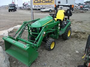 1025R John Deere compact tractor and loader