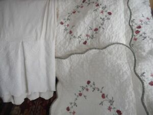 Bed Spread, pillow shams, bed skirt to fit DBL size bed