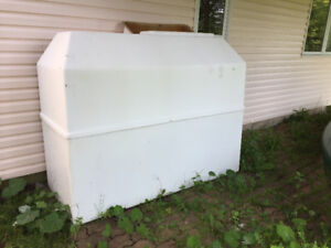 Oil tank secondary containment