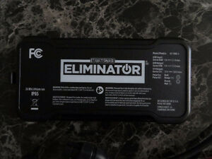 MotoMaster Eliminator 750 A Lithium-Ion Booster Pack