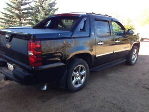2013 Chevrolet Avalanche LTZ BLACK DIAMOND Pickup Truck