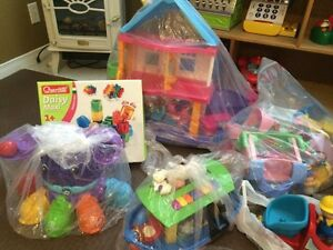 Bilingual toys in perfect condition  Cornwall Ontario image 2