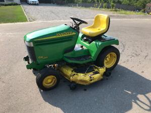 John Deere GX345 Riding Lawn Mower