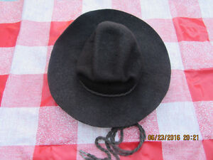 VINTAGE CHILD'S COSTUME OR DRESS UP COWBOY HAT - REDUCED $10