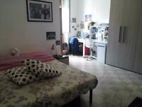 @SHOREDITCH spacious double room available NOW