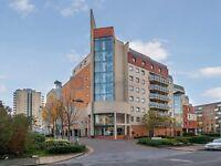 2 bedroom flat in Wards Wharf Approach, Royal Docks E16