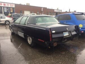 95 caddy Fleetwood parts car