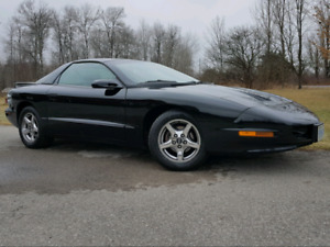 1997 Pontiac Firebird Formula LT1 6 speed