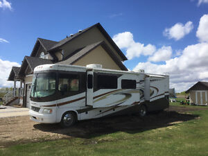 2006 Georgetown XL by Forest River class A 37ft motorhome