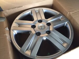 """Toyota Tundra limited 20"""" rims with TPMS sensors"""