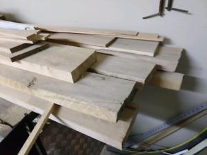 Maple hard white dried lumber