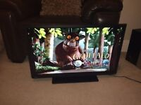 "Toshiba 32"" LED Tv with built in DVD player free delivery"