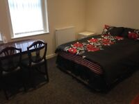 NO DEPOSIT NO FEES NO DSS DOUBLE ROOM ALL BILLS AND WIFI INCLUDED EUROPEANS WELCOME!