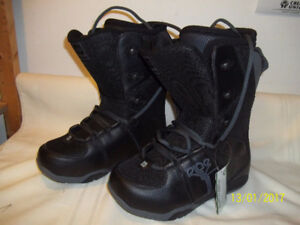"""Men's Snowboard Boots Size 8 (Four Pairs) """"NEW"""""""