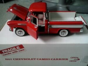Danbury Mint 1957 Chevrolet Cameo Carrier Pickup Truck- 1:24 sca