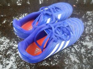 Soccer Shoes Male Size 2