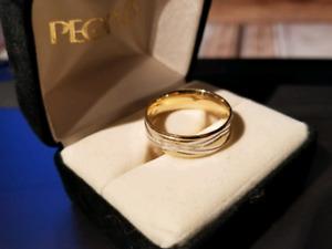 Men's 14kt Gold Wedding Band Size 8.5