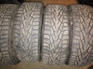 4 pneus hiver 16 po