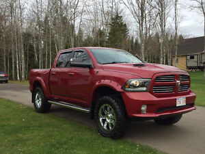 2013 Dodge Ram 1500 Sport, Lifted, Leather, New Tire and wheels