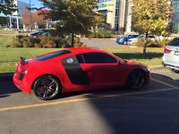 2010 Audi R8 V8 Coupe with carbon pack ! 6 speed manual ! rare