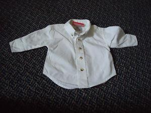 Boys size 3 Months Long Sleeve Dress Shirt